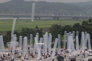 Nhóm hoạt động tại Hàn Quốc lại lén lút thả tờ rơi sang Triều Tiên