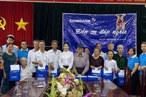 Eximbank trao quà tặng cho gia đình chính sách, người có công với Cách mạng tại tỉnh Hải Dương