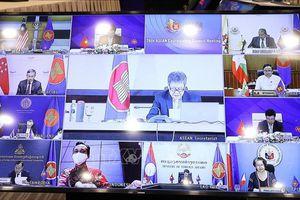 Thúc đẩy thực hiện các sáng kiến hướng tới 'ASEAN - Gắn kết và Chủ động thích ứng'