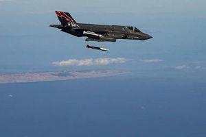 Mỹ công bố ảnh tiêm kích F-35A thử nghiệm thả bom hạt nhân