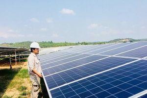 Điện mặt trời áp mái được hòa vào lưới điện quốc gia