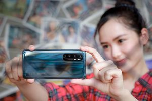 Trên tay Xiaomi Mi Note 10 Lite: phiên bản rút gọn giá 10 triệu nhưng vẫn 'sang chảnh'