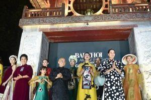 1000 mẫu áo dài ấn tượng lấy cảm hứng từ các di sản văn hóa Việt Nam