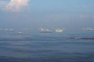 Tàu cá va chạm tàu chở hàng, 12 người Philippines mất tích