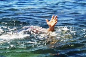 Rủ nhau tắm sông, 3 học sinh đuối nước thương tâm