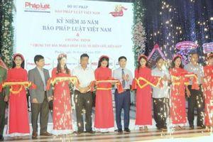 Báo Pháp luật Việt Nam 'Chung tay xóa nghèo pháp luật về biên giới, biển đảo' khu vực Miền Trung - Tây Nguyên