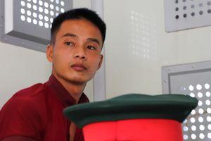 Trao giấy khen cho 3 người dân giúp cảnh sát bắt Triệu Quân Sự