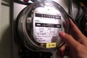 Nhiều địa phương đồng loạt kiểm tra đo lường công tơ điện