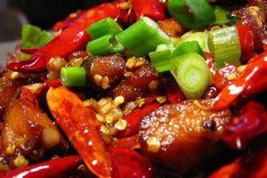 Thực phẩm vừa nhanh già, vừa khiến da đầy mụn, nhiều người Việt mê ăn hàng ngày