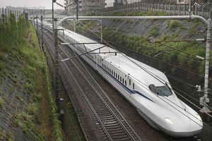 Cận cảnh tàu cao tốc có thể chạy khi mất điện do thảm họa