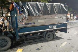 Quảng Ninh: Xe bán tải tông xe tải sang đường, 4 người thương vong