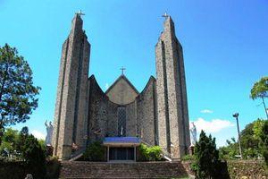 Huế: Nhà thờ Phủ Cam vẻ đẹp mang tính nghệ thuật và tôn giáo