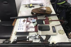 Phá 2 đường dây ma túy khủng ở Sài Gòn, thu giữ nhiều súng đạn