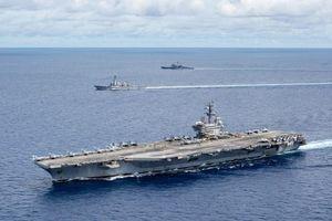 'Sẽ không khôn ngoan nếu Trung Quốc gây rối với hai tàu sân bay Mỹ'