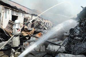 Phát hiện Toluen và nhiều hóa chất độc hại vượt chuẩn sau vụ cháy ở Long Biên, Hà Nội