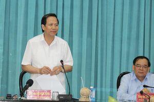 Bộ trưởng Đào Ngọc Dung: Quan tâm hàng đầu của Bến Tre là đào tạo, nâng cao chất lượng nguồn nhân lực