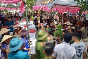 'Sóng ngầm' chùa Nga Hoàng: Đệ tử ông Lê Hữu Long tiếp tục gây hấn