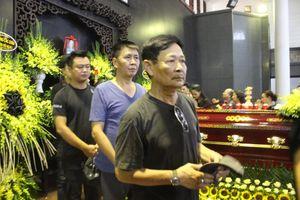 Gia đình, đồng nghiệp tiễn biệt NSƯT Hoàng Yến