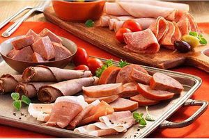 Những loại thực phẩm dễ gây ung thư mà rất nhiều người Việt vẫn 'nghiện', cẩn thận với số 1