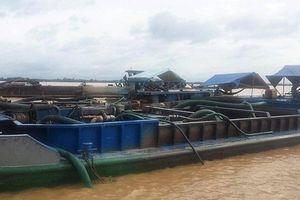 Khởi tố 5 đối tượng khai thác cát trái phép sông Hàm Luông