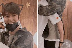 Lee Min Ho cười thả ga dù bị nhân vật này vô tư 'sàm sỡ' vòng 3