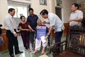 Lần đầu tiên tổ chức gặp mặt đại biểu Bà mẹ Việt Nam Anh hùng toàn quốc