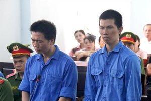 Đại úy Công an lĩnh 5 năm tù vì cung cấp điện thoại cho Huy 'nấm độc'