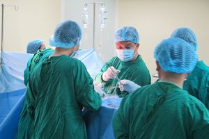 Vụ tai nạn ở Kon Tum: BV Chợ Rẫy trực tiếp phẫu thuật cho nạn nhân