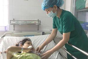 15 phút phẫu thuật cứu sống sản phụ mắc 2 bệnh tim nặng
