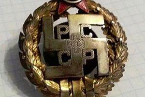Bất ngờ về chữ thập ngoặc được sử dụng phổ biến ở cả Liên Xô