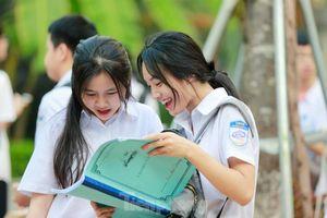 Nhận xét, gợi ý giải đề ngữ văn thi lớp 10 ở Hà Nội