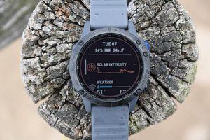 Garmin ra mắt đồng hồ thông minh sạc bằng năng lượng mặt trời