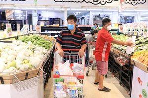 Thu nhập 90% người tiêu dùng Việt bị ảnh hưởng bởi COVID-19