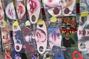 Xác chết, nụ cười hay những thảm họa Covid-19 của Indonesia