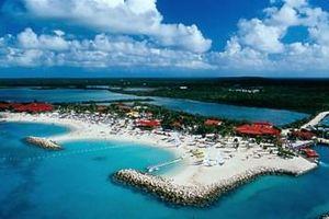 Bahamas cấm du khách đến từ Mỹ và khu vực Mỹ Latinh
