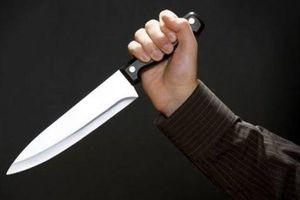 Bắt giữ nhân viên quán bia lấy kéo đâm đồng nghiệp tử vong