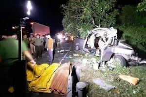 Video tai nạn giao thông 21/7: Tài xế Grab tử vong sau va chạm với tàu hỏa