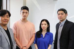 Đọc kịch bản 'Double Patty': Irene (Red Velvet) đẹp đôi bên 'tình địch' của Ong Seong Woo