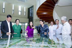 Chủ tịch Quốc hội Nguyễn Thị Kim Ngân: Không xé lẻ tuyến cảng
