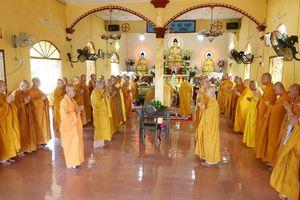 BTS Phật giáo tỉnh Bến Tre thăm trường hạ Vạn Phước