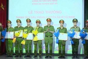 Khen thưởng các đơn vị có thành tích xuất sắc trong vụ triệt phá boong ke ma túy