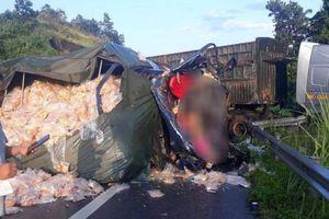 Danh tính 2 nạn nhân tử vong trong cabin xe tải sau tai nạn với xe đầu kéo