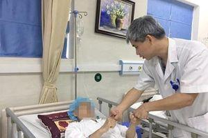 Bệnh viện Việt Đức phẫu thuật thành công cho bệnh nhân có khối u màng não lớn