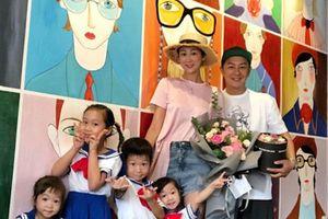 Vợ chồng Trần Hạo Dân khốn khổ vì không kiếm được tiền nuôi 4 con