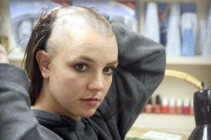 Britney Spears - rối loạn lưỡng cực và 12 năm bị giam cầm bởi cha ruột