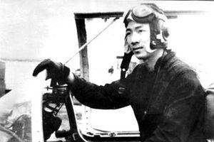 Trận chiến hào hùng, quyết tử của người phi công trẻ trên bầu trời Hà Nội