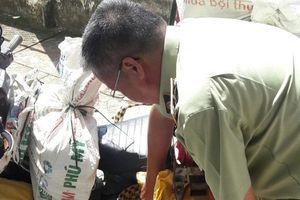 Trà Vinh: Xử lý vi phạm kinh doanh LPG chai mini không được phép nạp lại