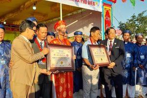 Thừa Thiên - Huế: Đua thuyền truyền thống xác lập 2 kỷ lục Việt Nam