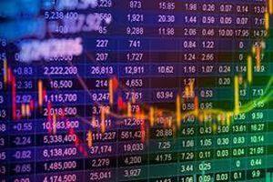 Báo cáo không đúng thời hạn, hai nhà đầu tư bị phạt