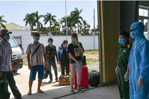 BĐBP Kiên Giang: Bàn giao 6 người nhập cảnh trái phép